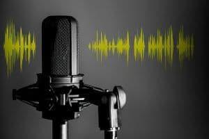Micrófono de estudio y onda de sonido